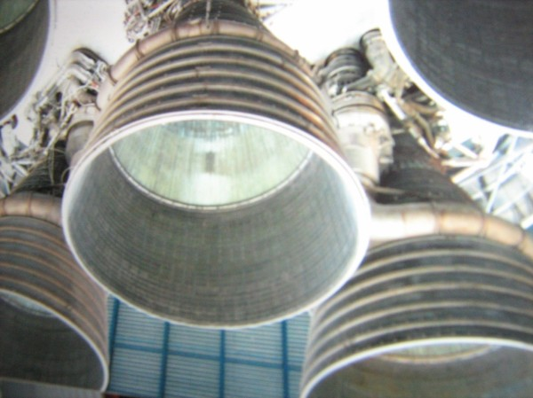 Saturn 5 engines